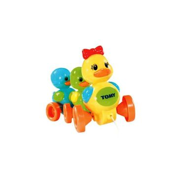 TOMY Quack Along Ducks Childrens Interactive Pull Toy